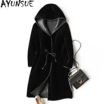 AYUNSUE 2017 New Wool Real Fur Coat For Women Winter Sheep Jackets And Coats Long Hooded PU Leather Lining Overcoat WYQ757
