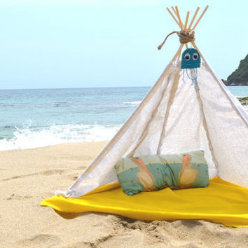 Baby Teepee for beach nap handmade