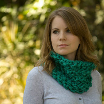 Chunky Cowl, Dark Mint Neck Warmer, Puff Stitch Crochet Cowl, Women's Green Accessories