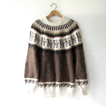 Vintage Peruvian sweater. Fair Isle sweater. Alpaca Llama pullover. bohemian hippie wool sweater.