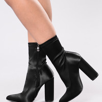 Standing In The Light Boot - Black