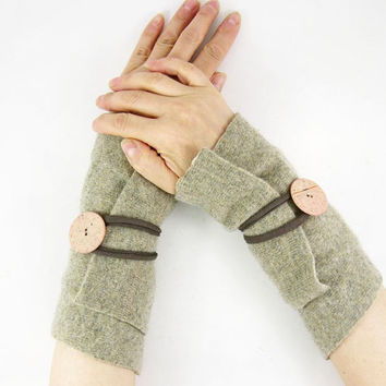 ecru beige Fingerless mittens arm warmers fingerless gloves neutral arm cuffs wrists wraps eco friendly recycled wool tagt team teamt
