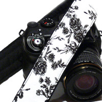 Flowers dSLR Camera Strap. Black and White Camera Strap with Roses. Women accessories