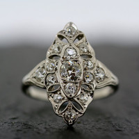 Antique Art Deco Ring - Vintage Diamond Art Deco 18ct White Gold & Platinum Ring