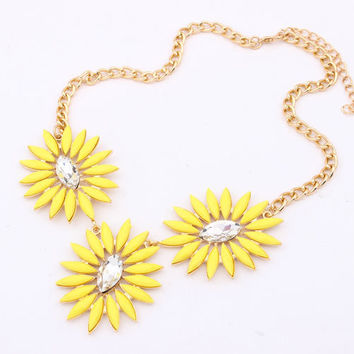 Yellow Bohemian Necklace,Sunflower Short Necklace,Jcrew Style Pop Jewelry, Free Gift Box Packaging Available