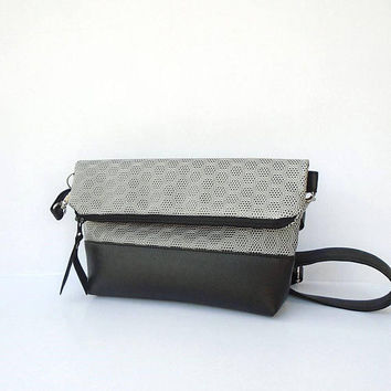 Foldover silver leather bag, silver leather crossbody bag, Vegan Leather clutch bag, Shoulder bag, Evening crossbody bag, black clutch bag
