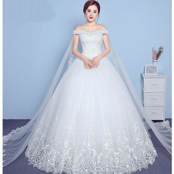 Lace Appliques Big Embroidery Wedding Dress Boat Neck Off the Shoulder