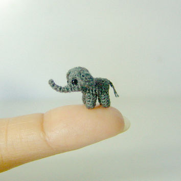 04 inch gray baby elephant  extreme micro crochet by LamLinh