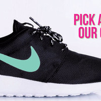 Nike Roshe Run custom design, Swoosh color change, customize your own, pick from our color chart, cute nike swoosh, fashionable design,
