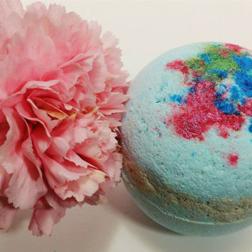 Vegan Bath Bomb ~ Spring Goddess Bath Fizzie ~ Scented Lilac and Lillies Bath Bomb ~ Vegan Beauty
