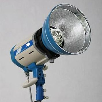 300 Watt  VersaLight professional Photography Light - SCV300  Last Call