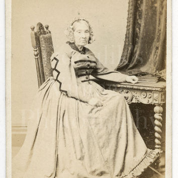 CDV Carte de Visite Photo Victorian Old Woman, Pale Hooped Dress Sitting Portrait - J Reay of St. Bees Cumbria England - Antique Photograph