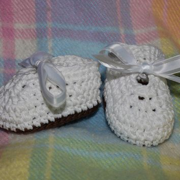 Tiny Toes Mary Janes shoes booties 0 to 3 by BitofWhimsyCrochet