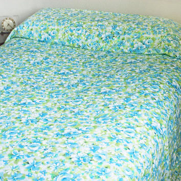 Vintage KING Size Flat Sheet, Springmaid Marvelaire Turquoise and Green Flower Print Bedding, Like New