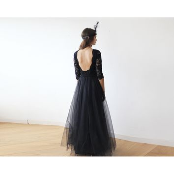 Black Gown With An Open-back Lace Bodice