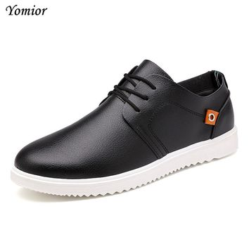 Yomior New 2017 Mens Shoes Flats Handmade England Trend Loafers Fashion Designer Lace-up Casual Student Outdoor Leather Shoes