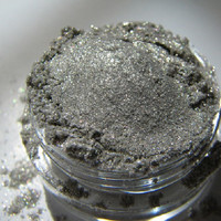 Fantasy Mineral Eye Shadow/Liner ( Super Shimmery Sparklie Silver Grey )