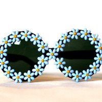 Light Baby Blue Colored Daisy Circle Oversized Sunglasses