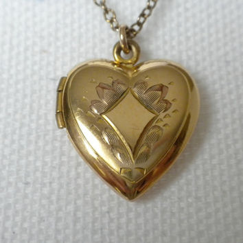 Vintage Heart Locket, Gold Heart Locket, Two Picture Locket, Vintage Locket Pendant, Etched Locket, Heart Jewelry, Heart Pendant