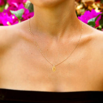 Gold leaf necklace, Gold necklace, 14k gold filled chain, tiny necklace, simple necklace, minimalist jewelry, everyday necklace