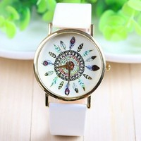 Gift-HK New Fashion Leather Geneva Peacock Birds Feathers Pattern Watch for Women Dress Watch Quartz Watches - White