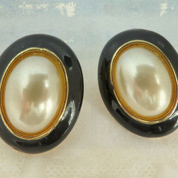 Vintage Faux Pearl Earrings, Black Enamel and Pearl Pierced Studs, Oval Earrings