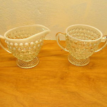 OPALESCENT WHITE VINTAGE FENTON HOBNAIL CREAMER AND SUGAR SET