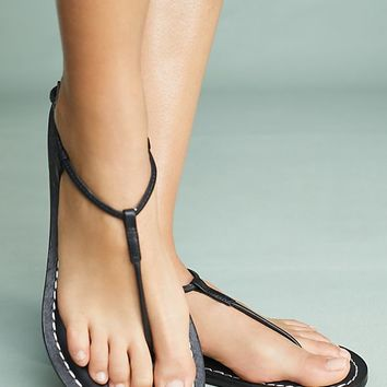Bernardo Lilly Sandals