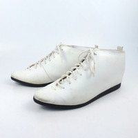 Granny Boots Vintage 1980s White Vegan Coasters Lace Up  Women's size 7