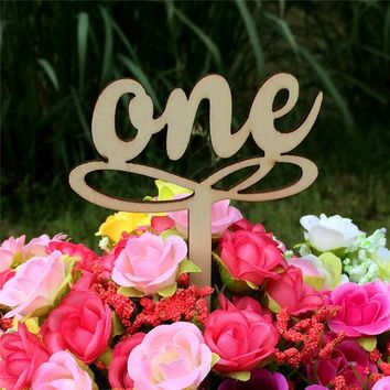 10pcs/Elegant Small Wooden Wedding Party Supplies Place Holder Table Number Figure Digital Decor