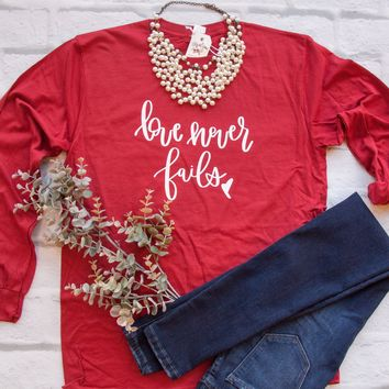 Love Never Fails Crew Longsleeve