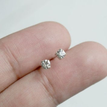 Tiny 3mm CZ Silver Stud Earrings - Tiny CZ Studs - minimalist earrings - Cartilage Earrings - Bridesmaid Gift - Tragus Stud Earrings - Helix