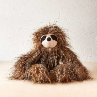 Cyril Sloth Plush Toy - Urban Outfitters