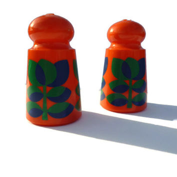 Retro Plastic Salt and Pepper Shakers. Orange with Blue and Green Tulip Pattern . Emsa .