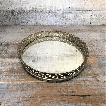 Vanity Mirror Vintage Mirror Large Gold Oval Dresser Tray Dresser Top Mirror Vintage Brass Mirror Tray Vintage Wedding Decor Gift for Her