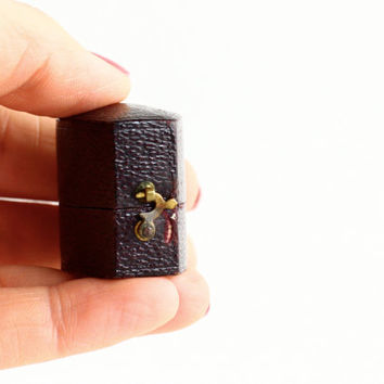 Antique Ring Box - Leather Jewelry Casket
