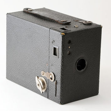 Vintage Kodak Hawkeye Model B B Box Camera 1930s 620 Roll Film Camera