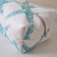 Starfish Makeup Bag - Aqua Makeup Bag - Cosmetic Bag - Large Makeup Bag - Waterproof Makeup Bag