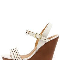 Trellis a Story White Platform Wedge Sandals