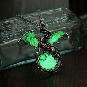 Punk Luminous Dragon Pendants Necklaces