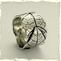 falling leaves  Sterling silver leaf ring  by silvercrush on Etsy