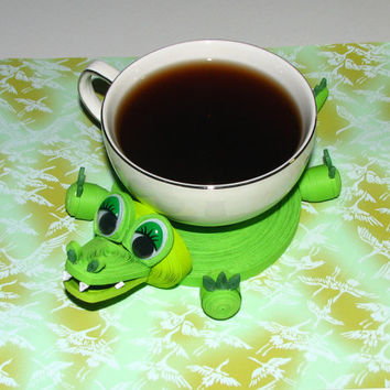 Coasters for drinks Green crocodile Stand for the cup Cup Stands Cup pad Kitchen's decoration Stand cup Cup coaster Quilling art