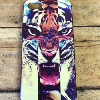Tiger cross, cross, tribal, boho, hippie, indian, hipster, tiger iphone 4/4s and iphone 5 case/cover