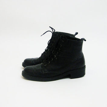 90s Black Leather Paddock Boots 7