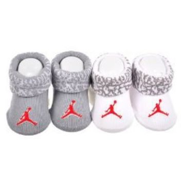 Nike Jordan Jumpman Booties Socks Grey and White Baby Infant 0-6 Months, 2 Pairs.