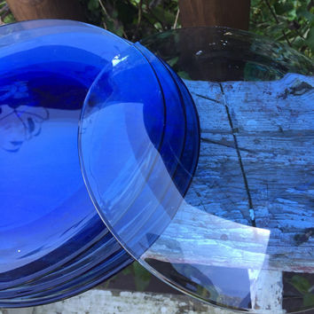 Vintage transparent Blue glass dessert plates, vintage blue glass dishes, retro clear blue dishes, blue salad plates, dessert plates, MOD