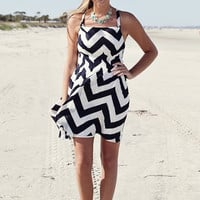 Everly Chevron Tie - Retro Darling