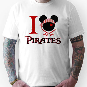 Mickey Mouse I love heart Pirates Unisex T-Shirt