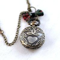 Outlander  locket watch necklace tartan plaid bow