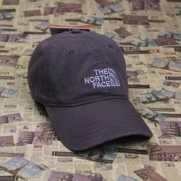 PEAPDQ7 The North Face Embroidered Gray Cotton Baseball Cap Hats
